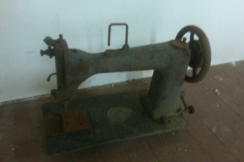 Counts Bros Sewing Machine